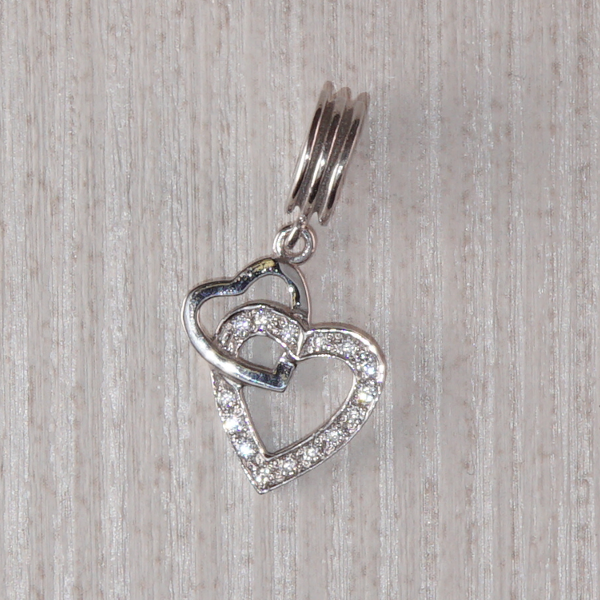 Бусина-шарм из серебра сердечки